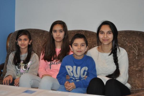 Menacés d'une expulsion imminente, soutenons, tous ensemble la famille Mgroyan!